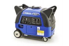 2014-Yamaha-EF3000IS-EU-Blue-Studio-001.jpg