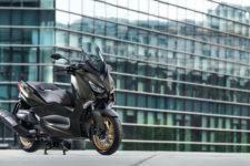 2020-Yamaha-XMAX400ASP-EU-Tech_Kamo-Static-003-03