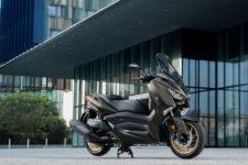 2020-Yamaha-XMAX400ASP-EU-Tech_Kamo-Static-005-03
