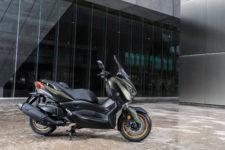 2020-Yamaha-XMAX400ASP-EU-Tech_Kamo-Static-006-03