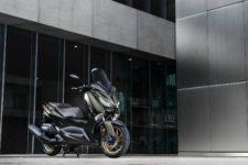 2020-Yamaha-XMAX400ASP-EU-Tech_Kamo-Static-007-03