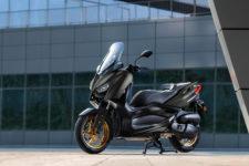 2020-Yamaha-XMAX125ASP-EU-Tech_Kamo-Static-003-03