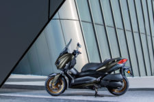 2020-Yamaha-XMAX300ASP-EU-Tech_Kamo-Static-007-03 (1)