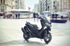 2020-Yamaha-G125YM-EU-Matt_Grey-Static-002-03