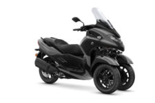 2021-Yamaha-MW300-EU-Gunmetal_Grey-Studio-001-03_Mobile